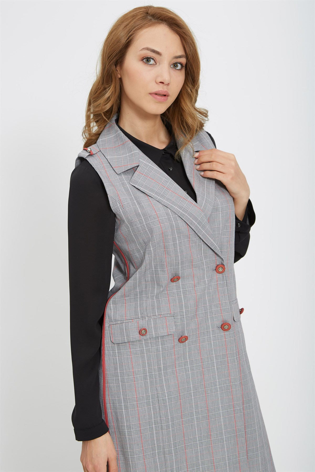 Nihan Checkered&Buttoned Vest-Red Lined X3037